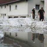 Segítség az árvízi védekezésben